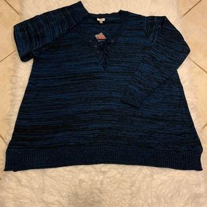 Avenue Cris Cross Front Sweater Size 26/28 NWT